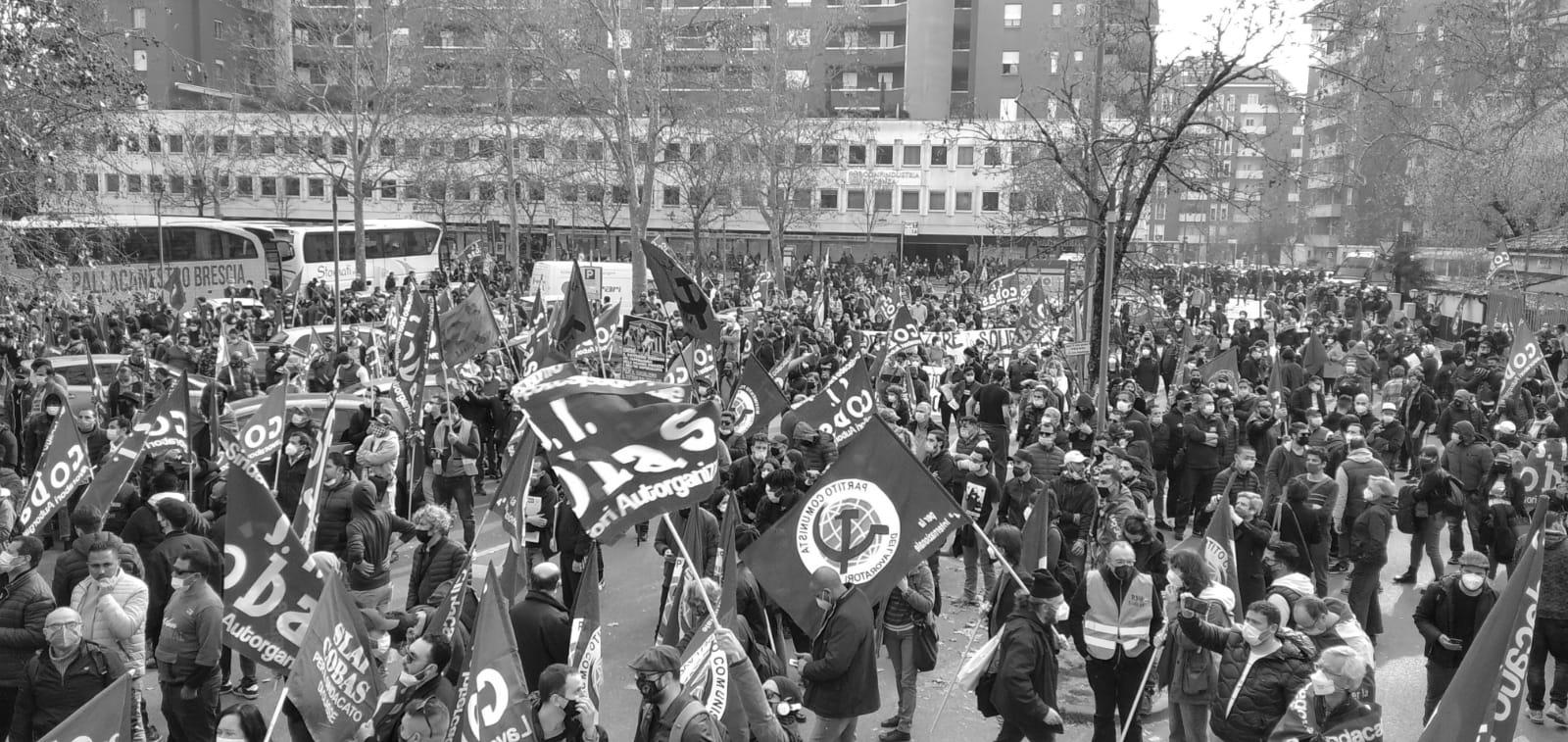 Manifestazione Piacenza contro l'arresto di Carlo e Arafat